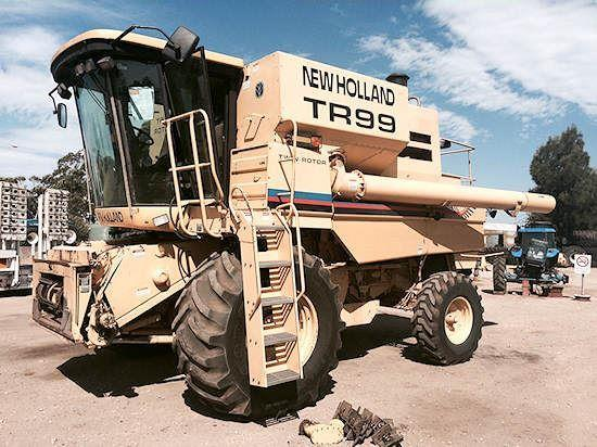New Holland TR99 combine harvester
