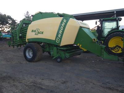Photo 1. Krone Large Square Baler