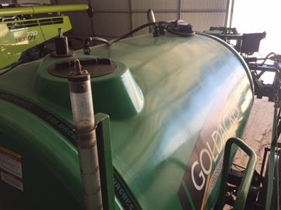 Photo 2. GOLDACRES CROP CRUISER 6036 self propelled sprayer