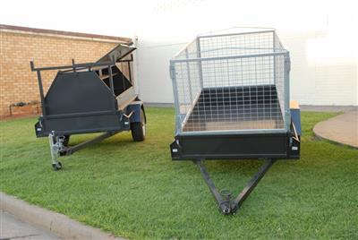 Photo 3. Guidolin Agrimac Trailers with Cages