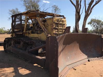 Caterpillar D9G dozer