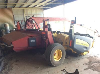Photo 5. New Holland 1475 mower conditioner