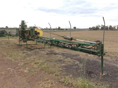 Photo 2. Hayes & Baguley 24m boom sprayer