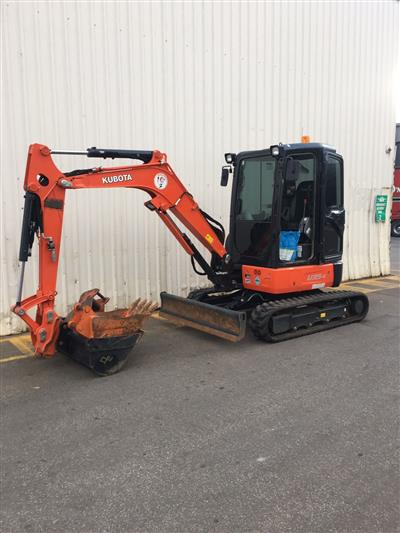 Photo 2. Used Kubota U35-4G Excavator