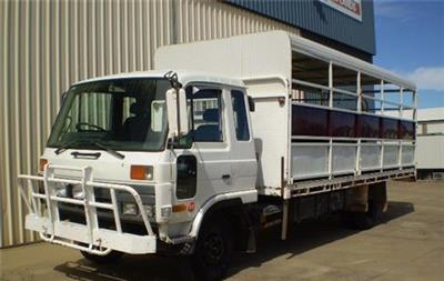 Photo 3. Nissan Diesel UD CMF87 Stock Crate truck