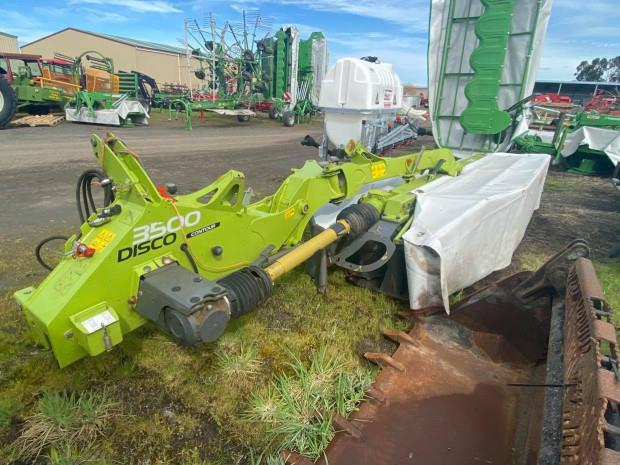 Photo 1. Claas Disco 3500 Contour Mower