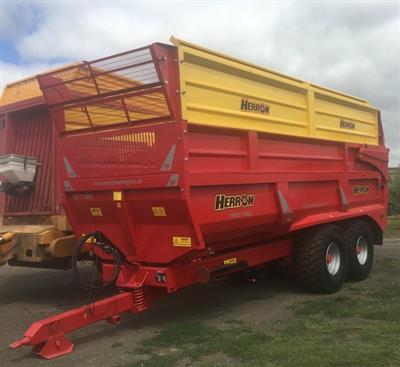 Photo 1. 18TON GRAVEL / GRAIN / SILAGE Farm Tipper/Trailer