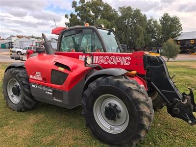 Photo 1. Manitou MLT 741-120 Telescopic Handler