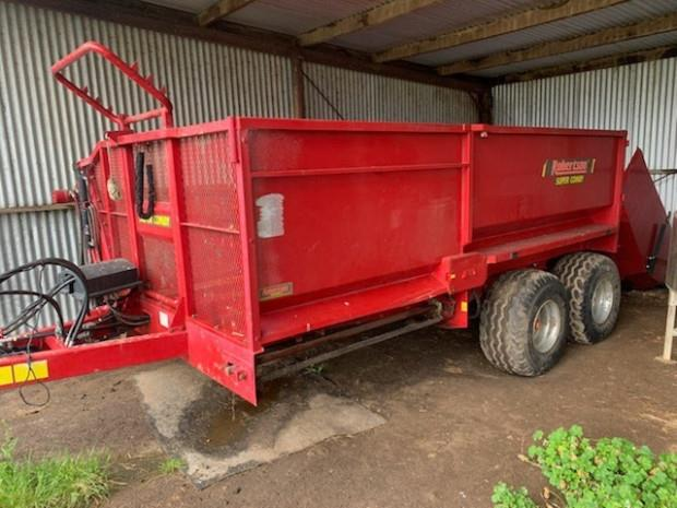 Robertson Super Comby Bale Wagon/Feedout