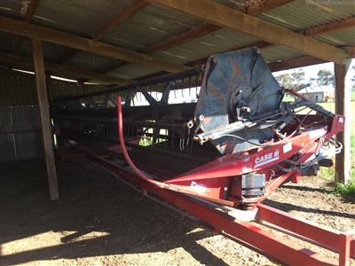 CASE IH DHX302 windrower