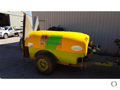Photo 1. Agrimaster 2000L Airblast Sprayer