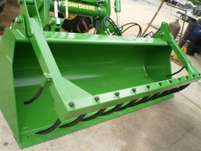 Photo 1. John Deere HD MP 2450MM bucket