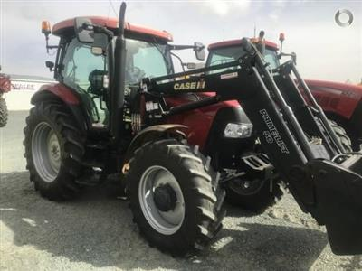 Photo 1. CASE IH Maxxum 125 tractor