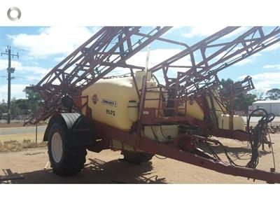 Photo 1. Hardi 5033 Series 1 boom sprayer