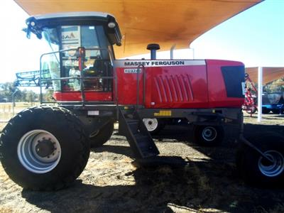 Massey Ferguson WR9740 Windrower