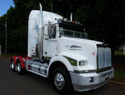 Photo 1. Western Star 5864S prime mover
