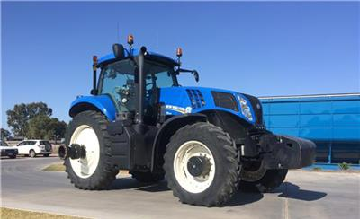 Photo 1. New Holland T8.360 tractor