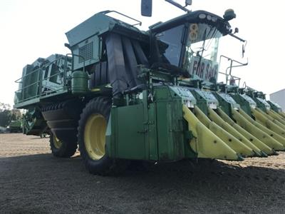 Photo 1. John Deere 7760 cotton harvester