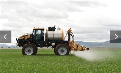 Croplands RoGator RG1300 self propelled sprayer