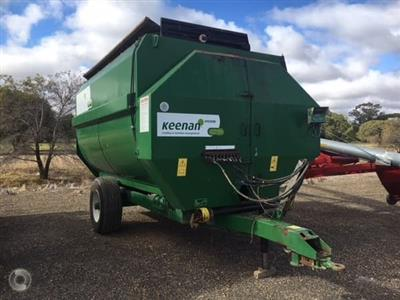 Photo 1. KEENAN KLASSIK 170 feed mixer