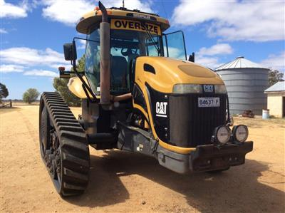Photo 1. CATERPILLAR CHALLENGER MT755 tracked tractor
