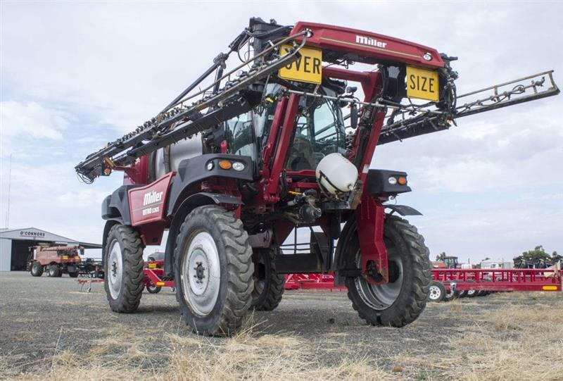 Miller Nitro 5365 SP self propelled sprayer