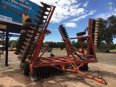 Photo 1. ENNOR 108 PLATE cultivator