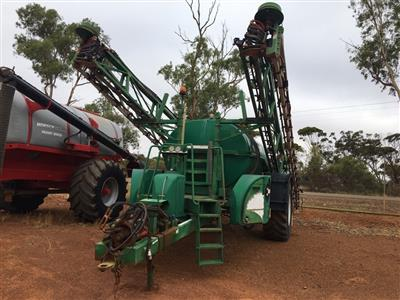 Photo 1. Goldacres Advance 8000 boom sprayer