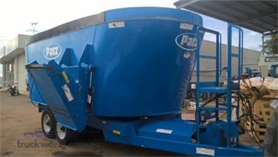 Photo 1. Patz 950 Feed/Mixer Wagon