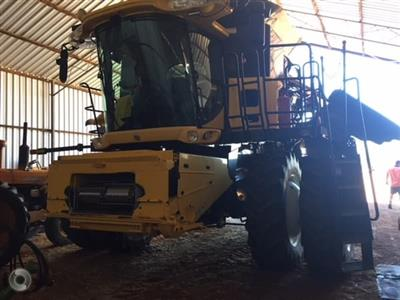 New Holland CR960 combine harvester