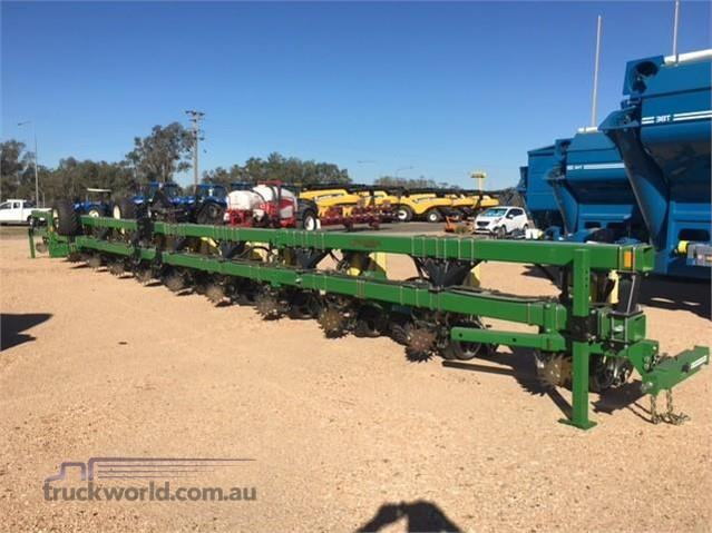 Strautmann 1251 Verti-Mix Double Feed Out Wagons