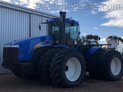 NEW HOLLAND T9040 HD tractor