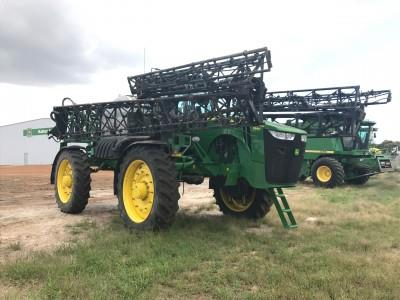 John Deere 4940 self propelled sprayer