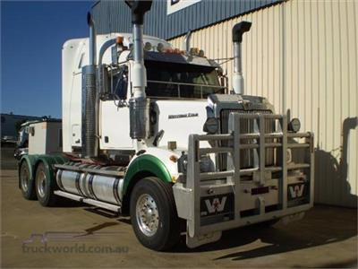 Photo 1. Western Star 4800FX Prime Mover