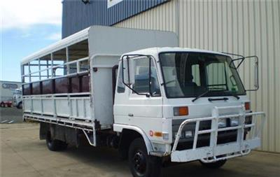 Photo 1. Nissan Diesel UD CMF87 Stock Crate truck