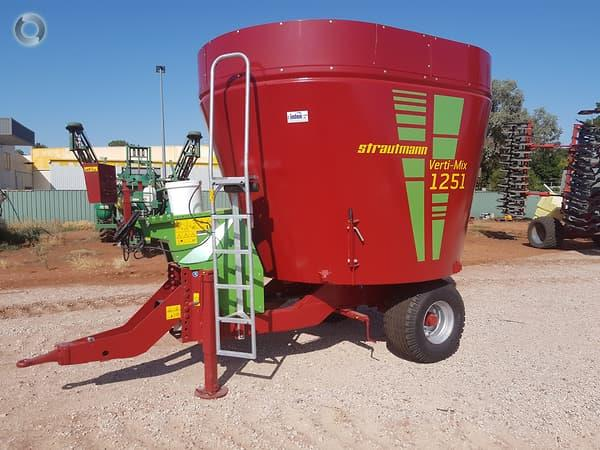Strautmann Verti-Mix 1251 feed mixer