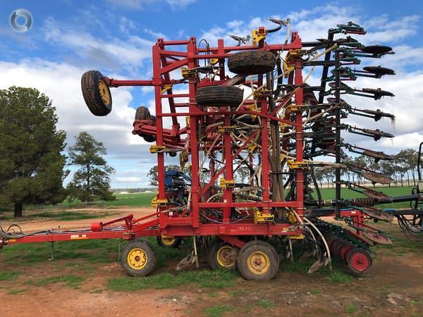 Bourgault 8810 18m Seeder Bar