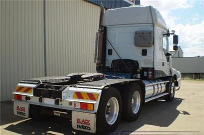 Photo 4. Iveco Powerstar 550 Prime Mover