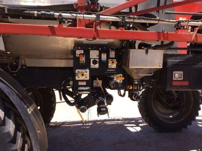 Photo 2. CASE IH PATRIOT 4430 self propelled sprayer