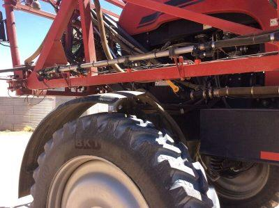 Photo 4. CASE IH PATRIOT 4430 self propelled sprayer