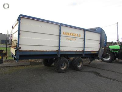 GRIZZLY ST 17 feedout wagon