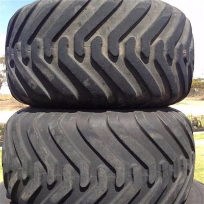 Photo 5. ALLIANCE 328 400/60-15.5 tyre