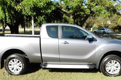 Photo 3. Mazda BT-50 XTR UP Manual 4x4 ute