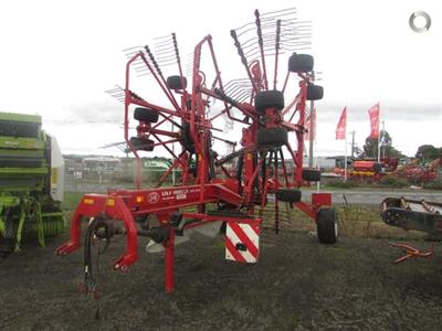 Photo 4. Lely VARIO 915 CD hay rake