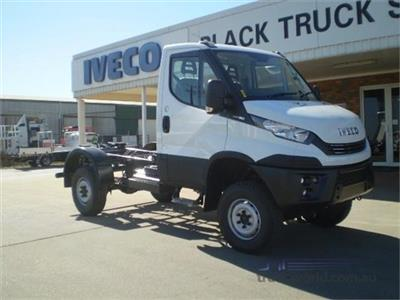 Iveco Daily 55S18 truck