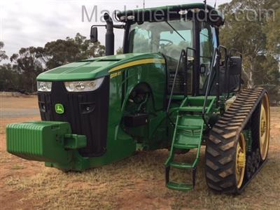 Photo 4. JOHN DEERE 8335RT tracked tractor