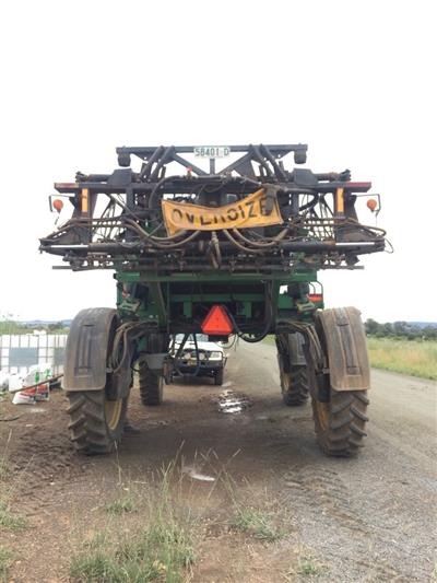 Photo 3. John Deere 4720 self propelled sprayer