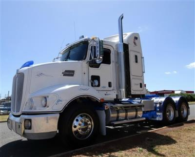 Photo 2. Kenworth T403 prime mover