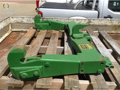 Photo 2. John Deere 4450 hitch