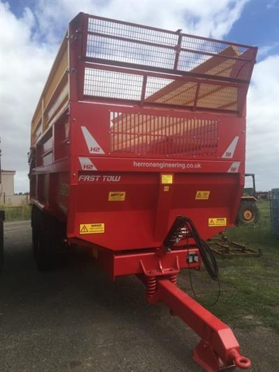 Photo 3. 18TON GRAVEL / GRAIN / SILAGE Farm Tipper/Trailer